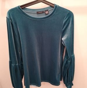 Teal velvet Halogen top with bell sleeve